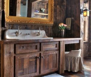 bath-feature-4066