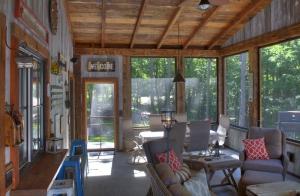 porch 2 8267